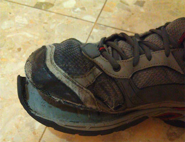Wear and tear shoes
